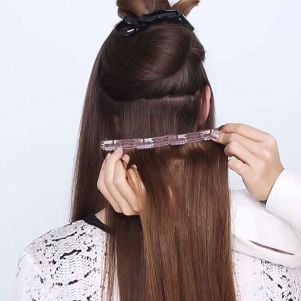 02 20 Inch Clip In Hair Extensions