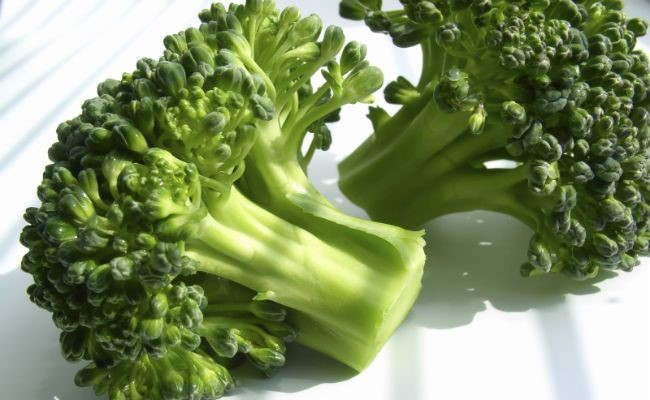 Broccoli Seed Oil – A Natural Ingredient To Take Care Of Your Black Curly Hair